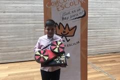 El ganador de Castilla la Mancha XXXVIII Edición mostrando su trabajo